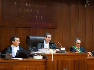 Tribunale di Trapani, aula Giovanni Falcone, durante un'udienza del processo a Mauro Rostagno - Foto di © Daniele Passanante, per gentile concessione
